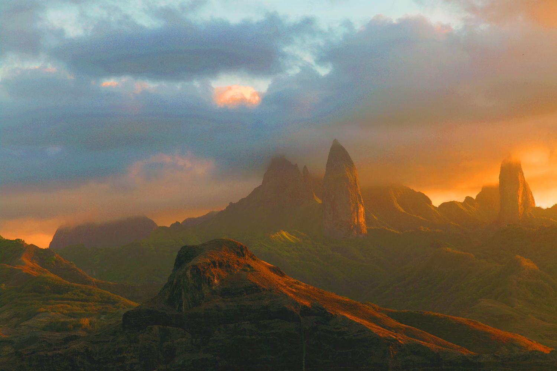 Ua Pou, Marquesas [1500 x 1000], by Etienne Pierart : EarthPorn